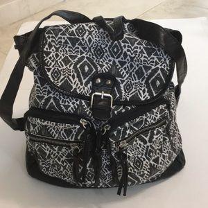 Mudd boho aztec print backpack black & white